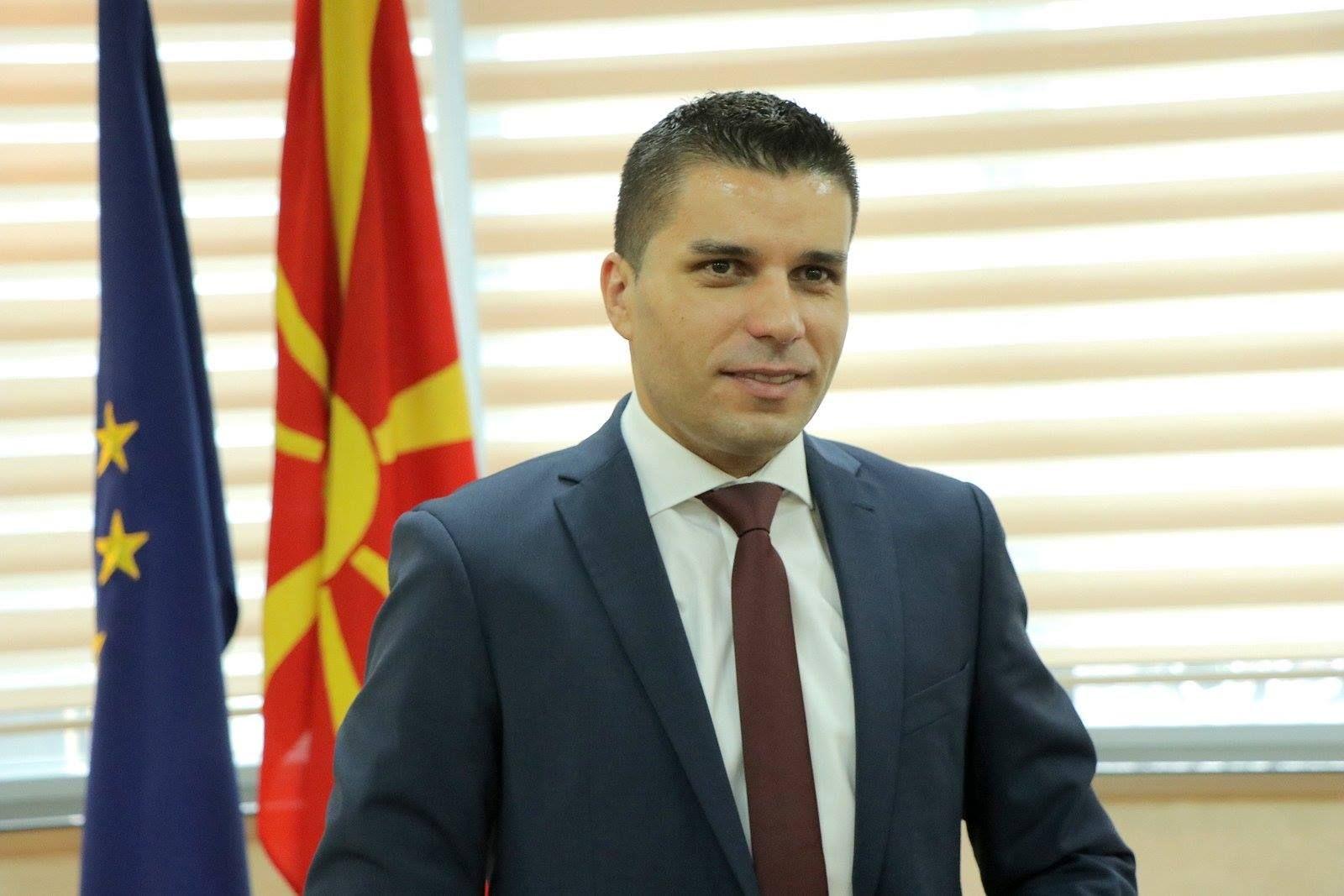 Љупчо Николовски: Нема фаворизирање на фирми за одгледување на канабис